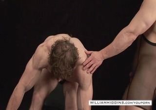 bodybuilders anal sex0