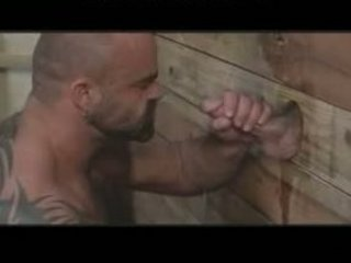 giant musclebear has enjoyment with gloryhole gay