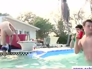amateur lads sucking at a pool party