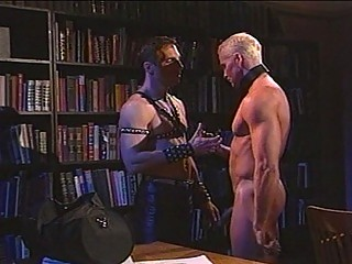 hawt leather sensation fetish with muscled