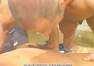 muscle sucking knobs