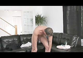 muscle chap stroking his hard pounder
