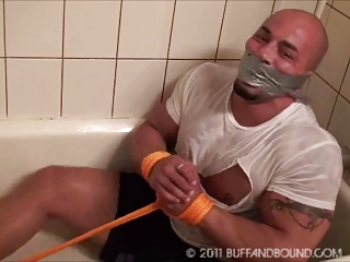 homo tatoo muscle hunk shower thraldom
